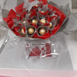 Roche Chocolate Bouquet Red