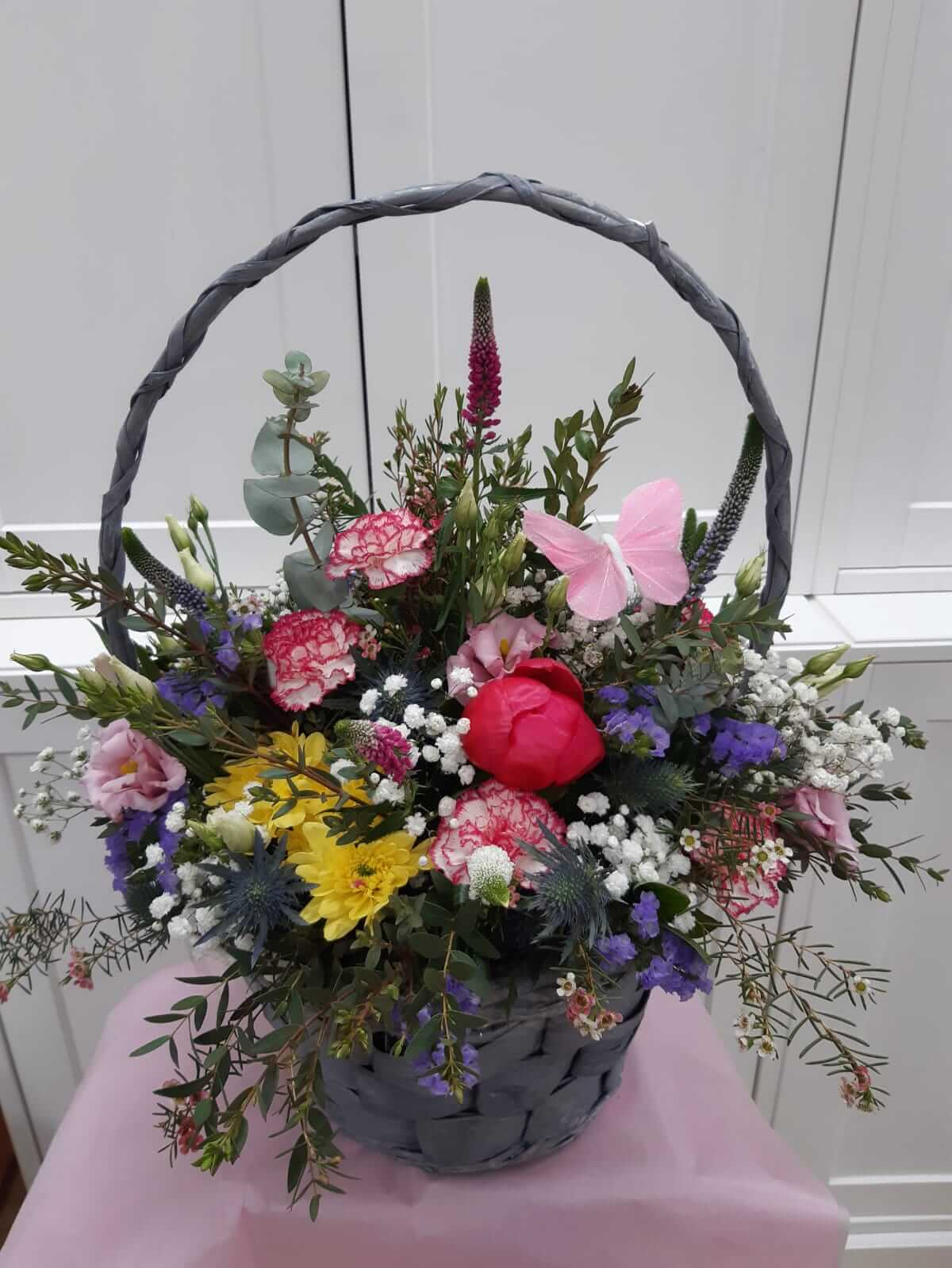 Flower arrangements large basket